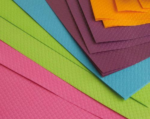 Nappe en format en papier couleur